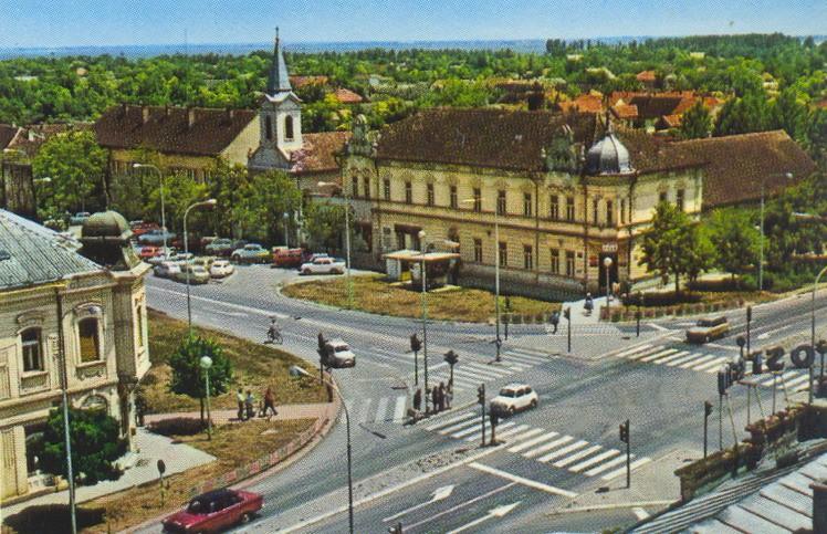 Na staroj fotografiji vidi se centar Stare Pazove 1978.godine.