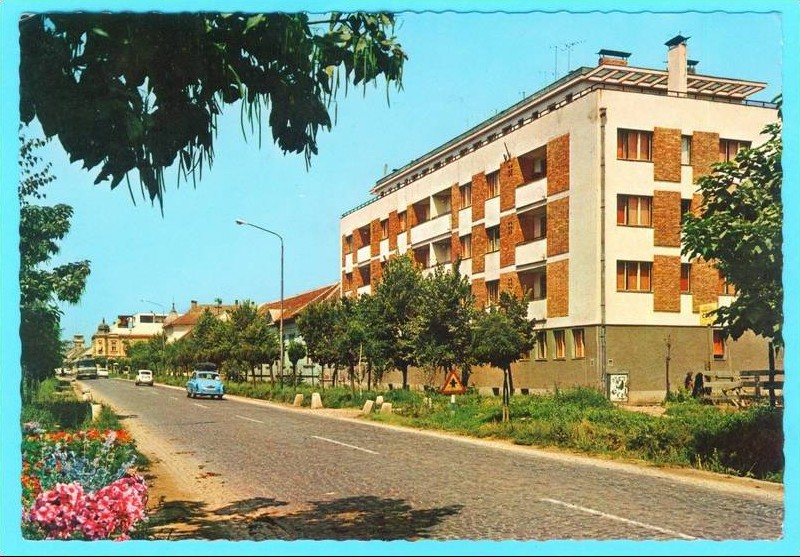 Na staroj fotografiji s druge polovine 20. veka vidi se centar Stare Pazove.