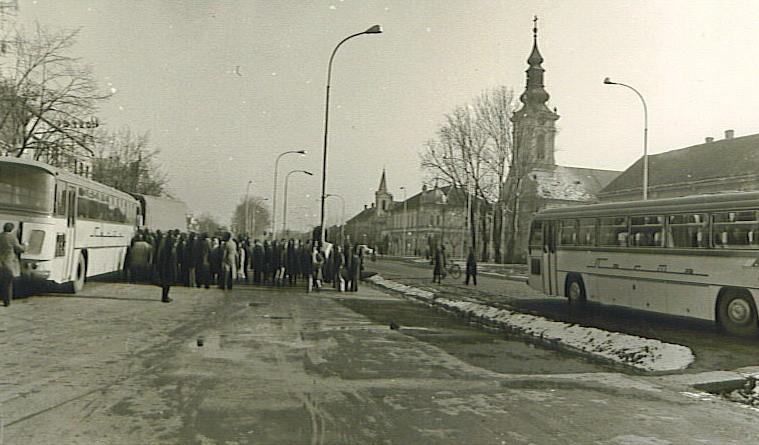 Stara autobuska stanica, Stara Pazova, druga polovina XX veka