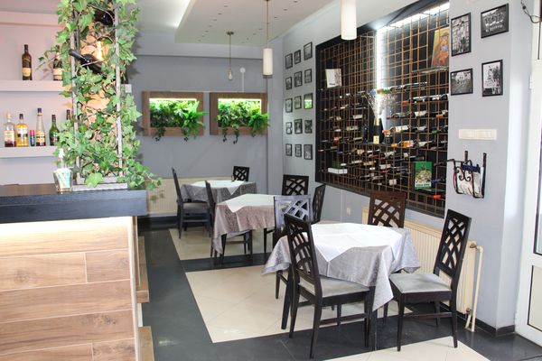 "Restoran ""Sunny Hill 1""- Stara Pazova"