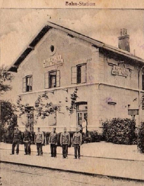 Železnička stanica, Nova Pazova, prva polovina 20.veka