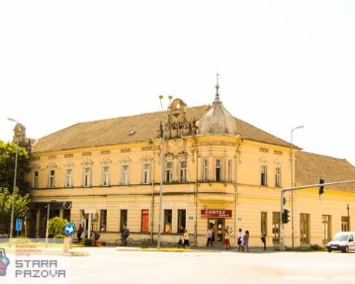 Zgrada nekadašnjeg hotela Petrović (1905.god.), Stara Pazova