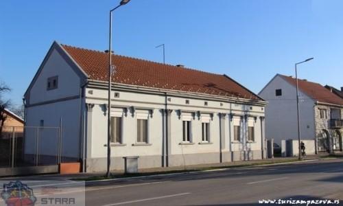 Parohijski dom (prva polovina XX veka)