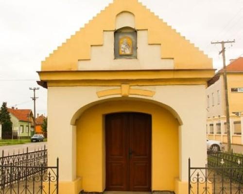 Kapela vodica posvećena Sv. Iliji (oko 1850.) — Stara Pazova