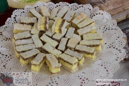 "Tradicionalni kolač ""Golubinačke snaše"""