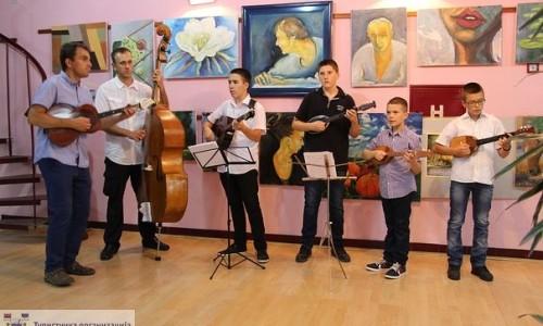 Tamburaški orkestar magistra Ljubinka Lazića