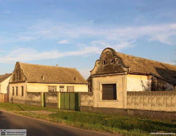 Kuća, ambar i kotobanja (1920)