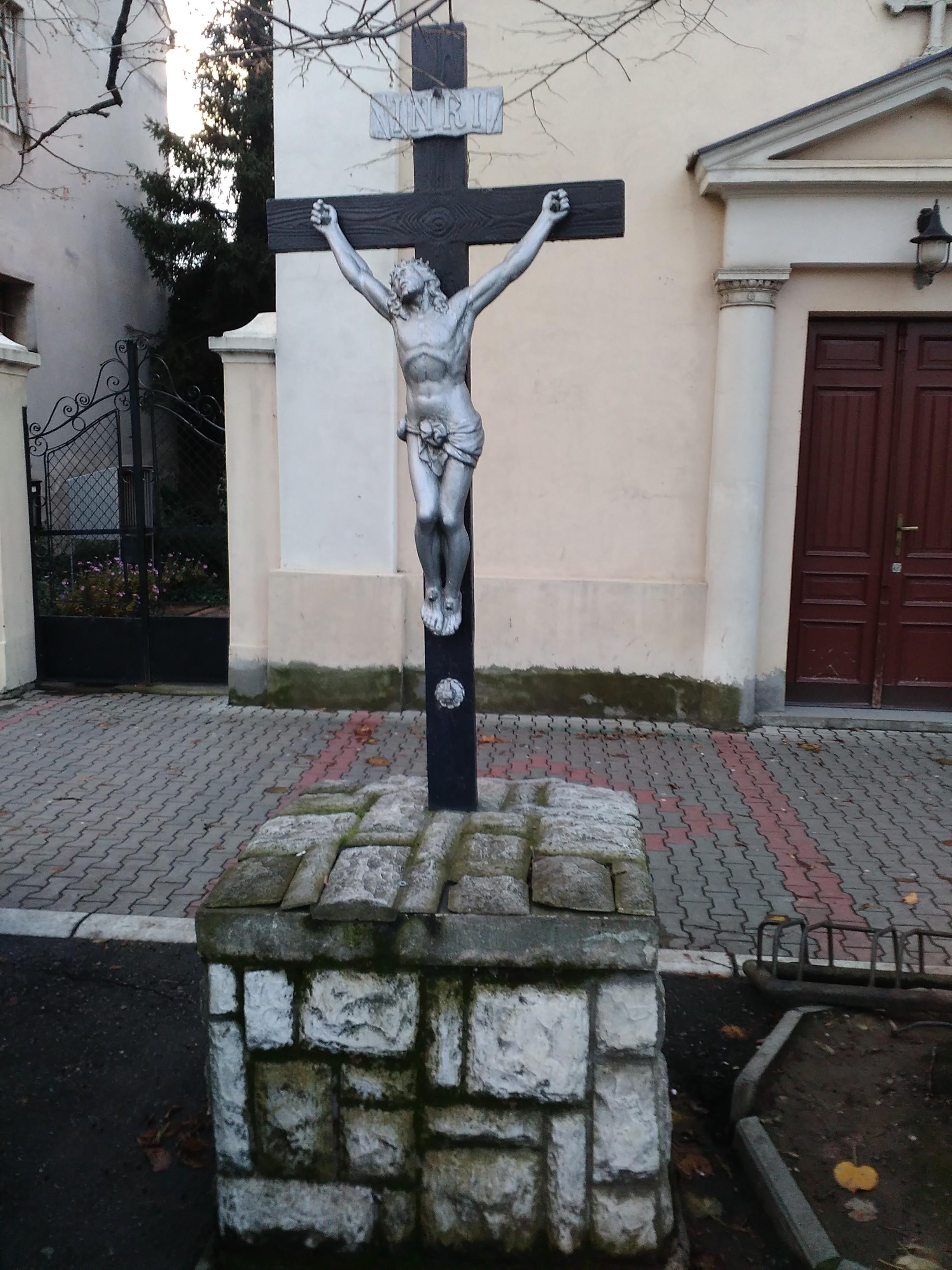 Krst ispred filijalne crkve Presvetog Trojstva u Staroj Pazovi iz 1888. god.