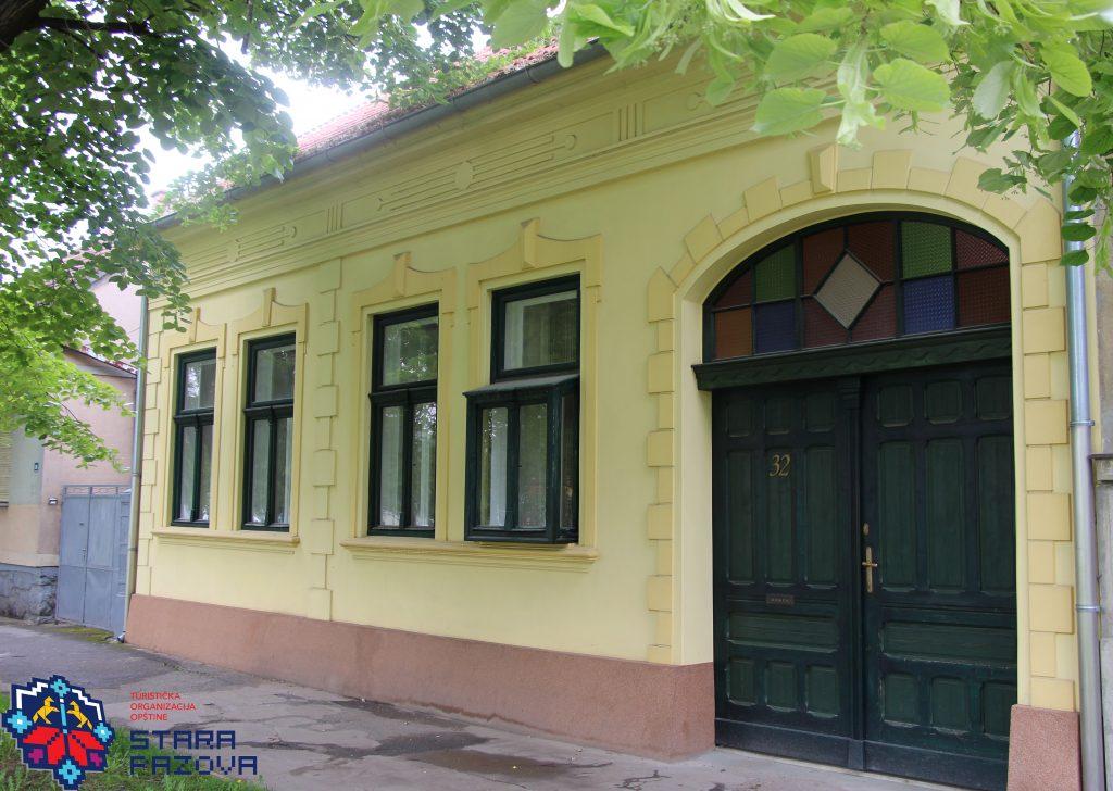 Kuća porodice Rapaić (prva polovina XX veka), Stara Pazova