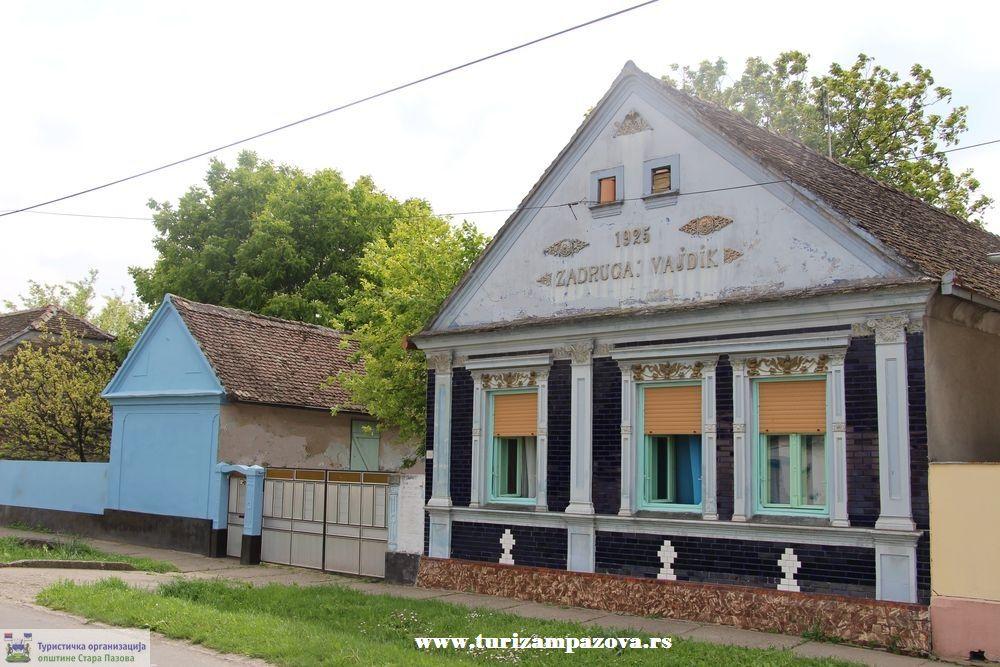 Kuća porodice Vajđik (1925), Stara Pazova