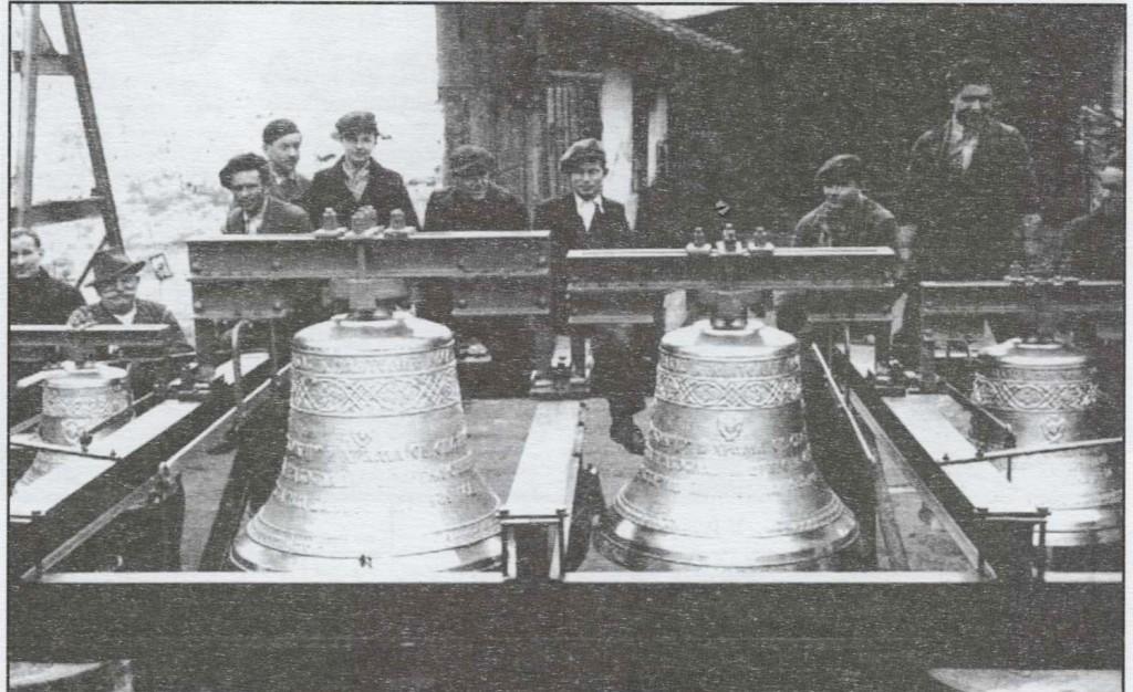 Prelivena zvona banovacke crkve livnica Pantelić, Zemun 1939. god.