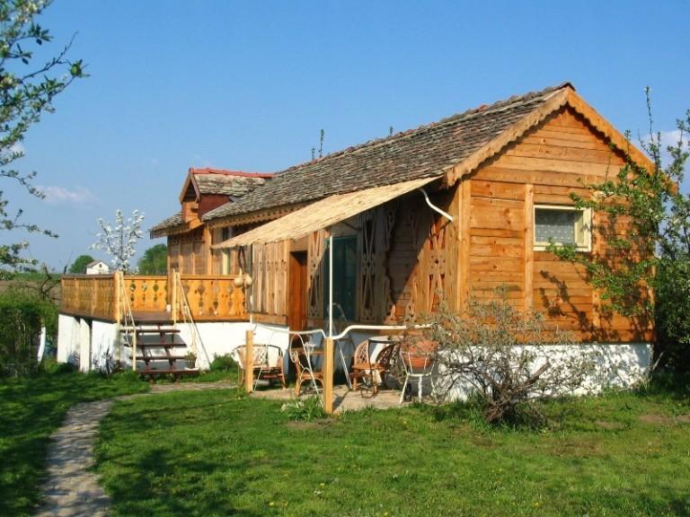 Countryside board Dunavsko gnezdo-Surduk - foto archive TOV