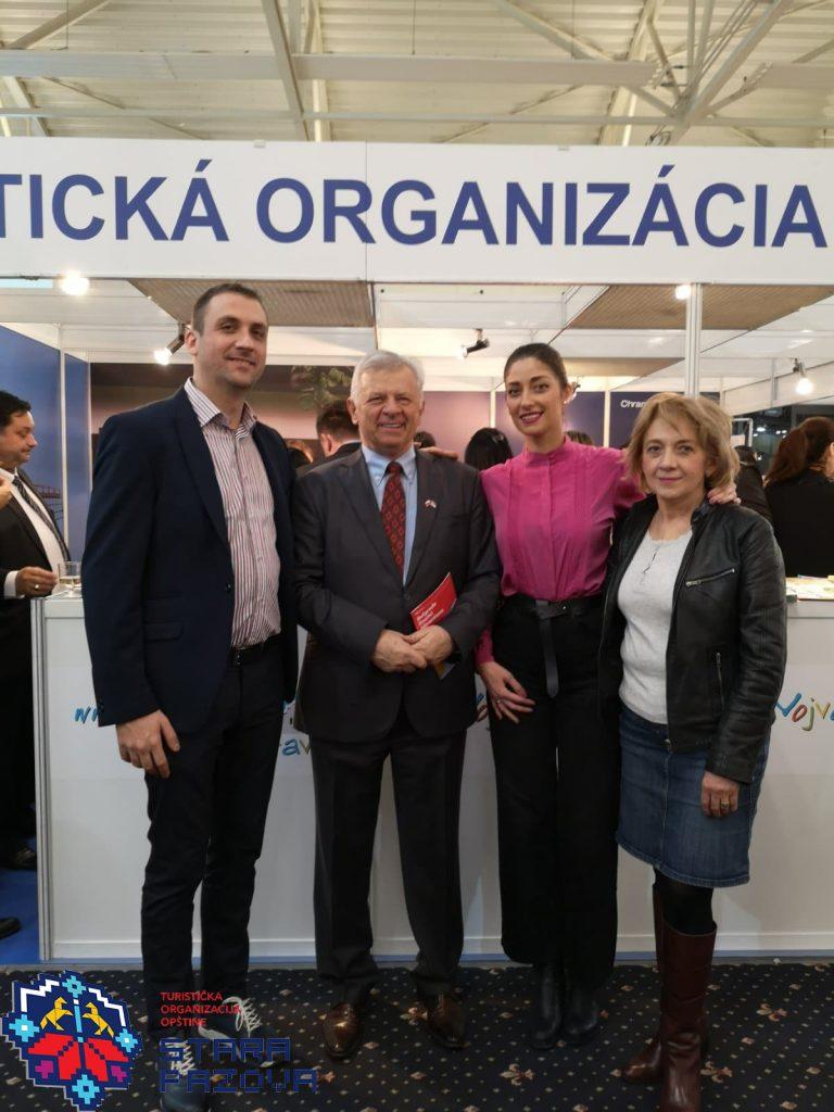 Predstavnici TOO Stara Pazova sa ambasador R. Srbije u Slovačkoj prof. dr Momčilo Babić